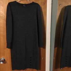 Nina Leonard gray sweater dress